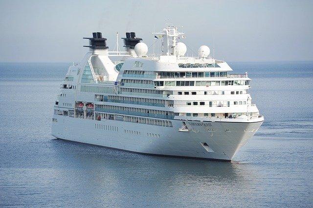 cruise-holiday.jpg