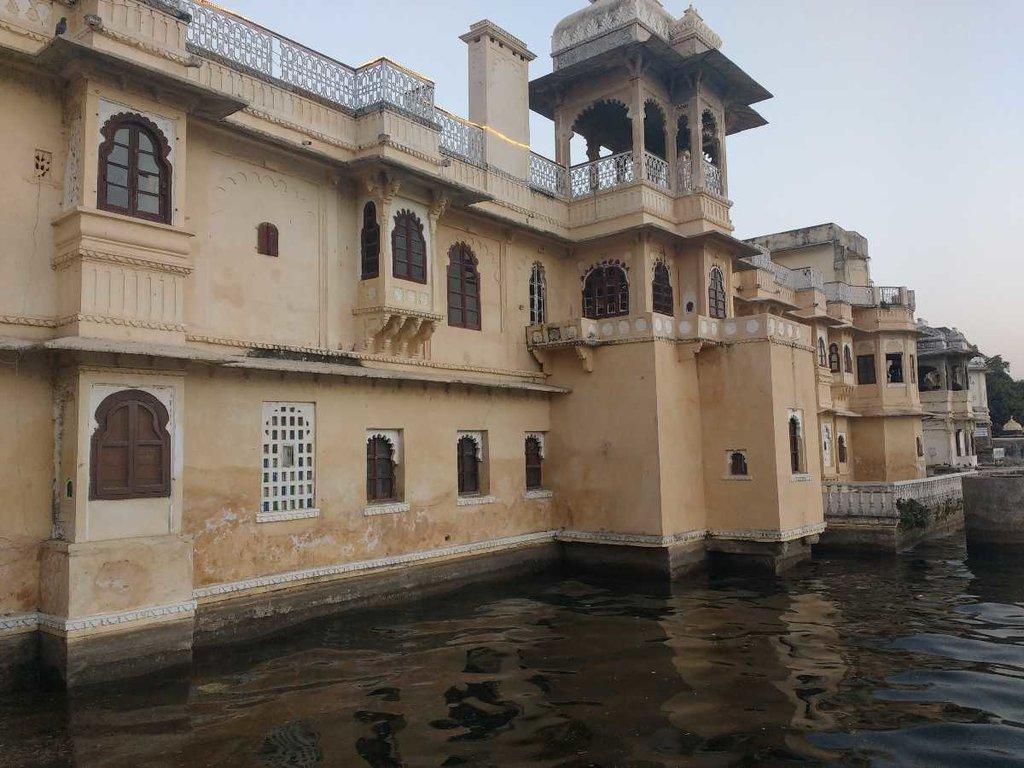 Udaipur_-_bagore_ki_haweli_20190725164242.jpg